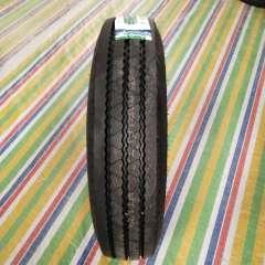 玲珑700R16  115/110N   LAR751   真空胎半钢