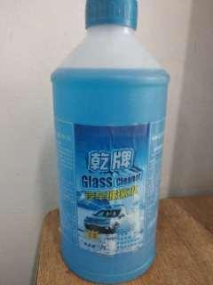风景玻璃水冬季-40度    2升磨砂瓶   80元每箱12瓶